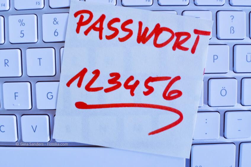 Passwörter gut schützen und unlogische Kombinationen wählen.